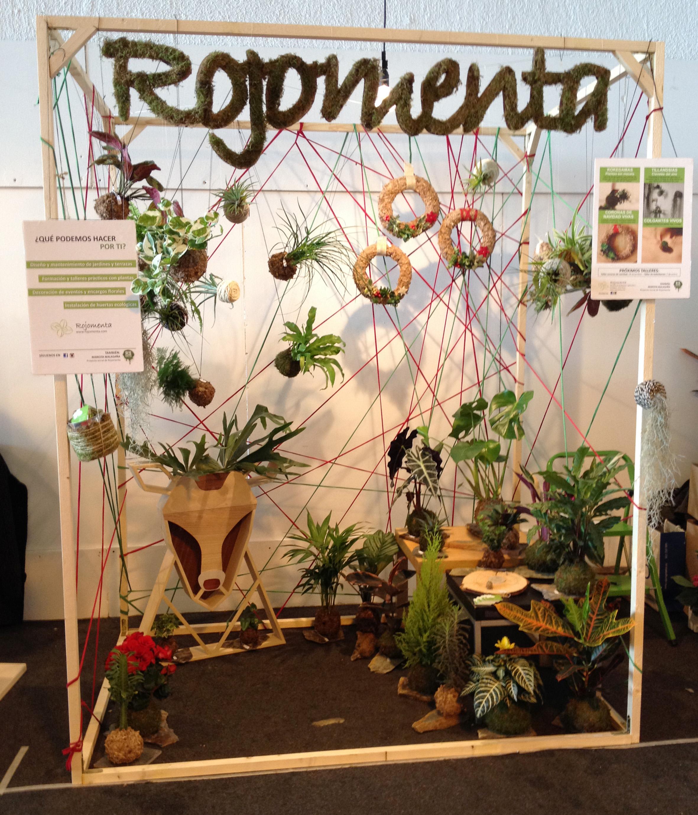 Nomada_market_funnychristmasediction_lucernario_rojomenta_alce_cuerno_kokedamas