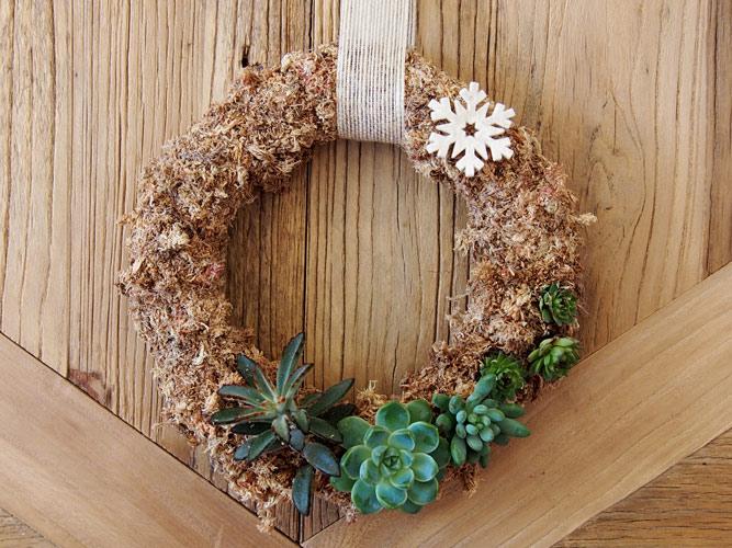 comprar coronas de navidad con crasas rojomenta On coronas de navidad hechas a mano